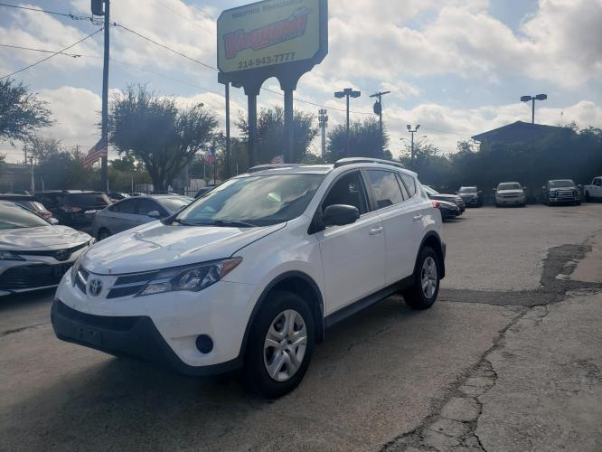 2014 white Toyota RAV4 LE FWD (2T3ZFREV6EW) with an 2.5L L4 DOHC 16V engine, 6-Speed Automatic transmission, located at 7512 C F Hawn Fwy, Dallas, TX, 75217, (214) 391-9600, 32.719147, -96.691788 - Photo #0