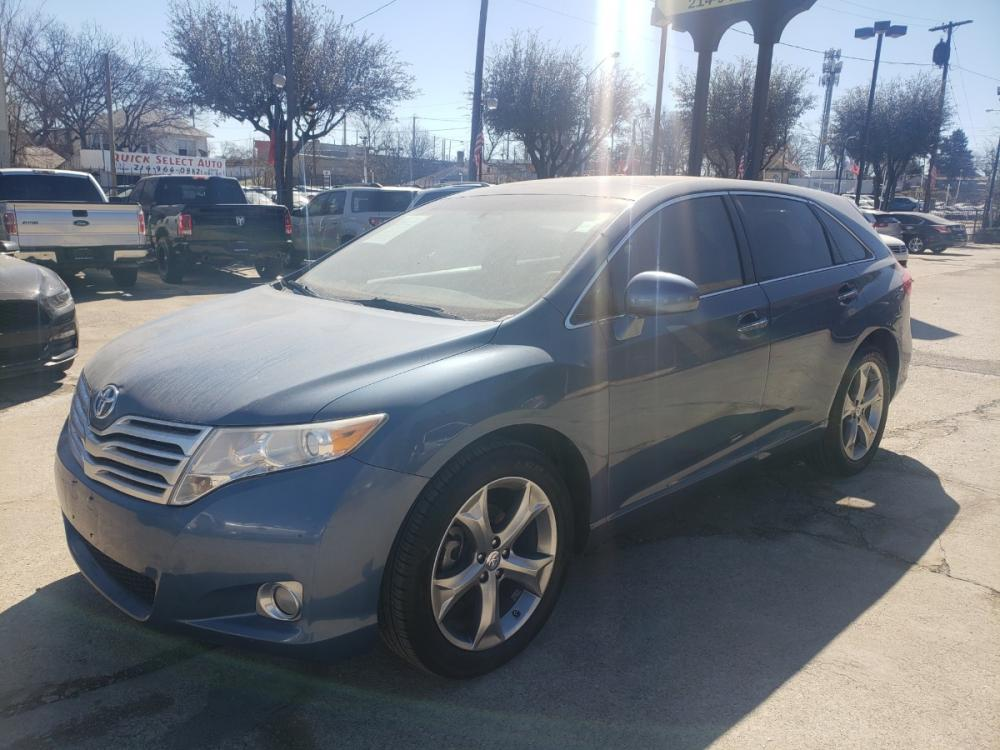 2012 Toyota Venza LE V6 FWD (4T3ZK3BB2CU) with an 3.5L V6 DOHC 24V engine, 6-Speed Automatic transmission, located at 7512 C F Hawn Fwy, Dallas, TX, 75217, (214) 391-9600, 32.719147, -96.691788 - Photo #0